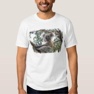 La camiseta de los hombres de la koala playera