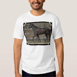 La camiseta de los hombres Prancing excelentes Playeras