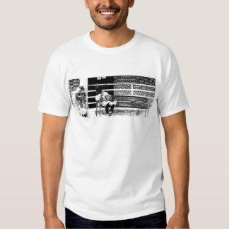 La camiseta de los hombres sin hogar del hombre polera