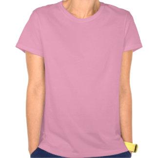 La camiseta de manga corta rosada de Linda