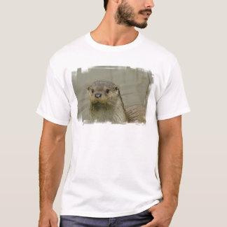 La camiseta de río de los hombres gigantes de la