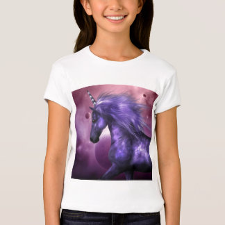 La camiseta del chica del unicornio