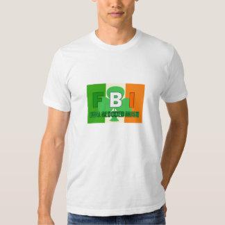 La camiseta del hombre irlandés lleno de Blooded Remeras
