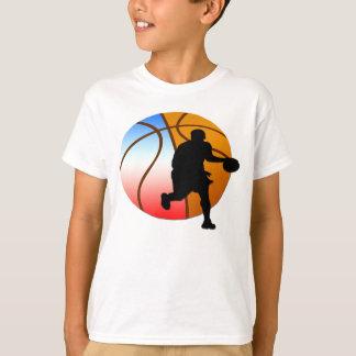 La camiseta del muchacho del baloncesto