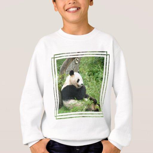 La camiseta del niño de la panda