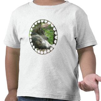 La camiseta del niño del lobo de madera