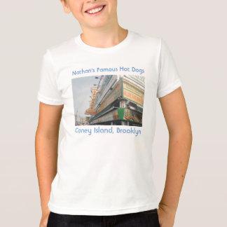 La camiseta del niño famoso de los perritos