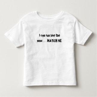 la camiseta del niño polera