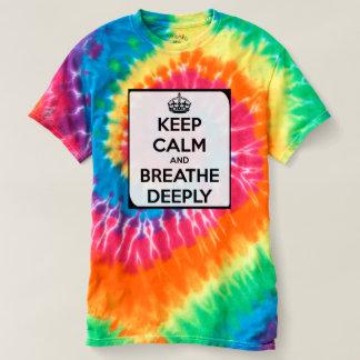 La camiseta del teñido anudado del arco iris polera