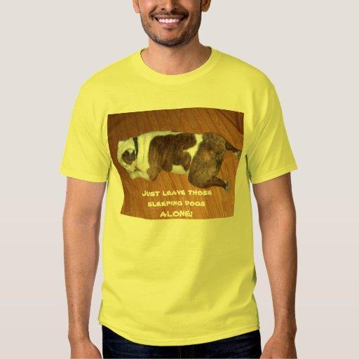 La camiseta/el dogo del hombre camisas
