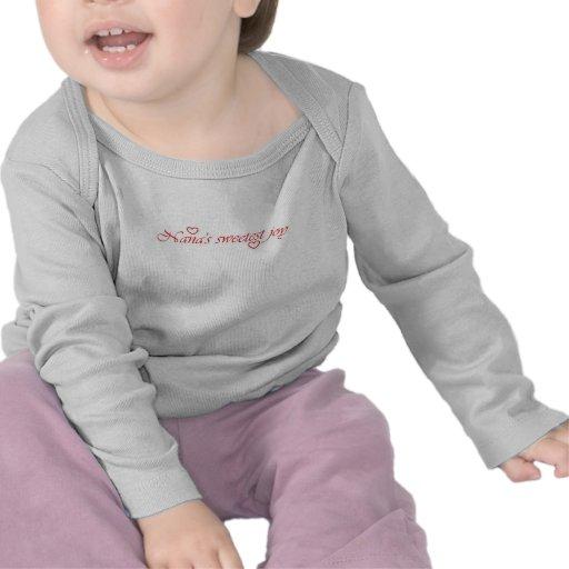 La camiseta más dulce del niño de los corazones de
