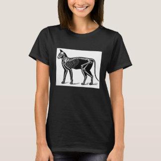 La camiseta negra del vintage del gato de las