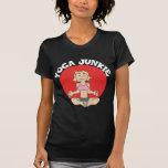 La camiseta oscura de las mujeres del drogadicto d