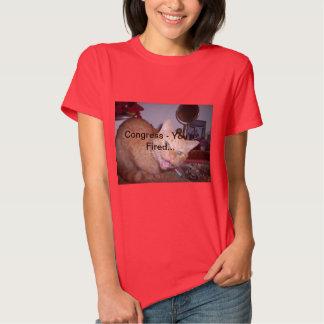 La camiseta roja de la mujer que ofrece Jackson el Polera