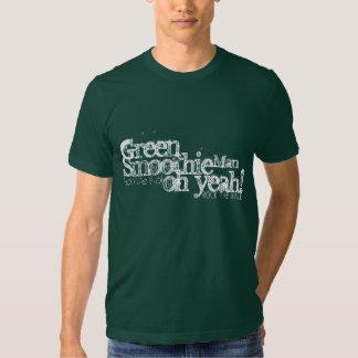 La camiseta verde del hombre del Smoothie Camisas