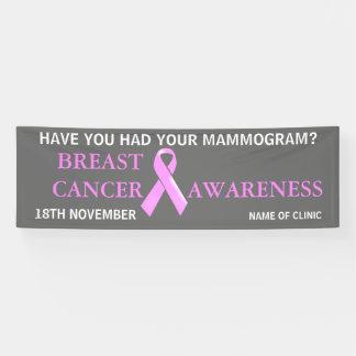 La campaña de concienciación del cáncer de pecho lona