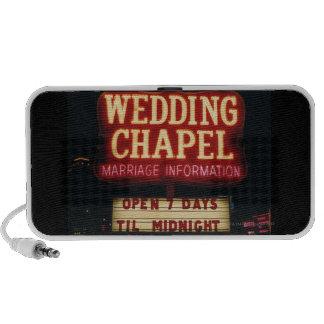 La capilla de neón del boda firma adentro Las Vega Altavoces De Viaje