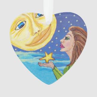 La cara de luna sonriente amarilla protagoniza a l
