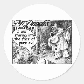 La cara del mal puro (payaso del banjo) pegatina redonda
