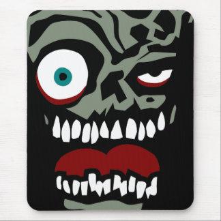 La cara del zombi de la condenación alfombrilla de raton