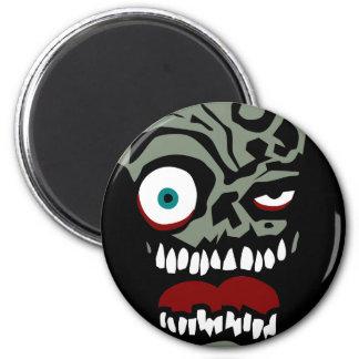 La cara del zombi de la condenación imán redondo 5 cm