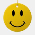 La cara sonriente original adorno navideño redondo de cerámica