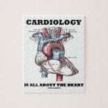 La cardiología está todo sobre el corazón (anatómi rompecabezas con fotos