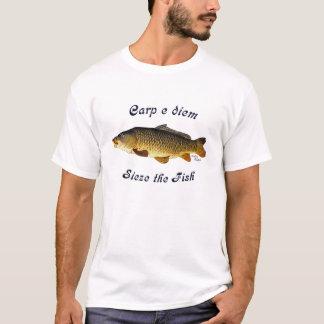 La carpa e Diem agarra los pescados Playera