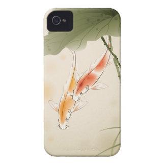 La carpa japonesa pesca la natación en la charca Case-Mate iPhone 4 protector