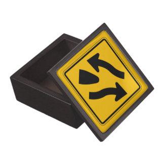 La carretera dividida termina 1, señal de peligro caja de regalo de calidad