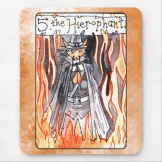 La carta de tarot de Hierophant Mousepads