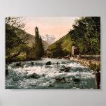 La cascada del piqué, Luchon, clas de los Pirineos Poster