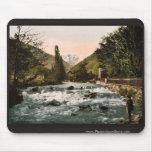 La cascada del piqué, Luchon, clas de los Pirineos Tapetes De Raton