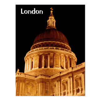 La catedral brilla intensamente en la postal del S