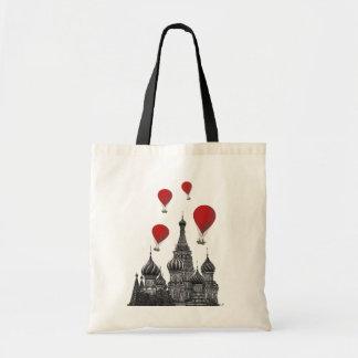 La catedral de la albahaca del St y balones de