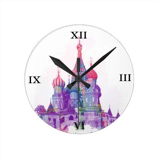 La catedral Moscú de la albahaca del santo Reloj