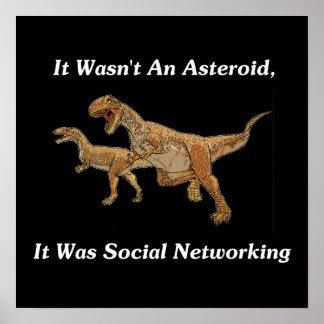 La causa real de la extinción del dinosaurio póster