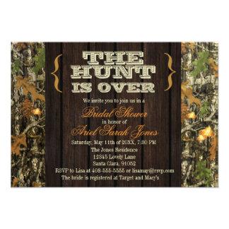 La caza está sobre la invitación nupcial de la duc