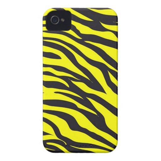 La cebra amarilla intrépida de la diversión raya Case-Mate iPhone 4 coberturas