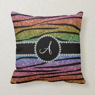 La cebra del brillo del arco iris del monograma cojín