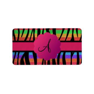 La cebra del brillo del arco iris raya con monogra etiquetas de dirección
