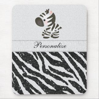 La cebra linda y el negro imprimieron el estampado mouse pads