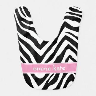 La cebra negra y rosada raya el monograma de babero para bebé
