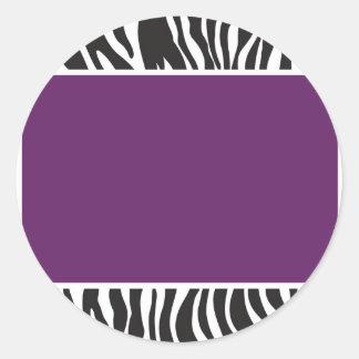 La cebra púrpura invita pegatina redonda