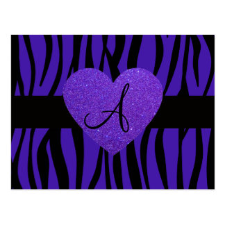 La cebra púrpura raya el corazón del monograma postal