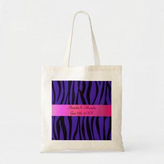 La cebra púrpura raya favores del boda bolsas de mano
