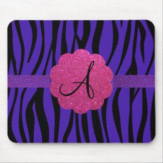 La cebra púrpura raya monogramas tapetes de raton