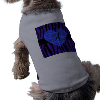 La cebra púrpura raya rosas del azul del monograma playera sin mangas para perro