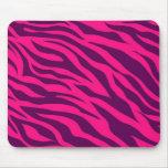 La cebra púrpura rosada de moda raya el estampado  tapetes de ratones