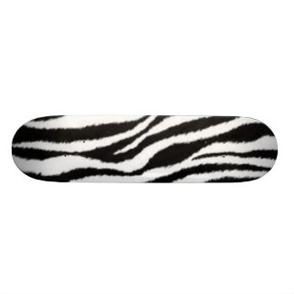 la cebra raya el monopatín skateboard